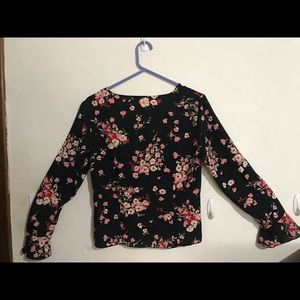 Long sleeve blouse size 6